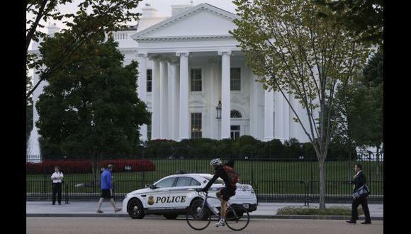Detenida en la Casa Blanca una mujer que iba armada