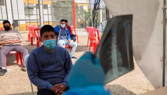 El ministro de Cultura, Alejandro Neyra, comentó que las personas privadas de su libertad están en la segunda fase de vacunación debido a que el Gobierno se rige  según los estándares de los derechos humanos. (Foto: EFE)