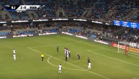 Yordy Reyna anotó gol de tiro libre para descontar el marcador en duelo ante San José Earthquakes. (Captura: YouTube)