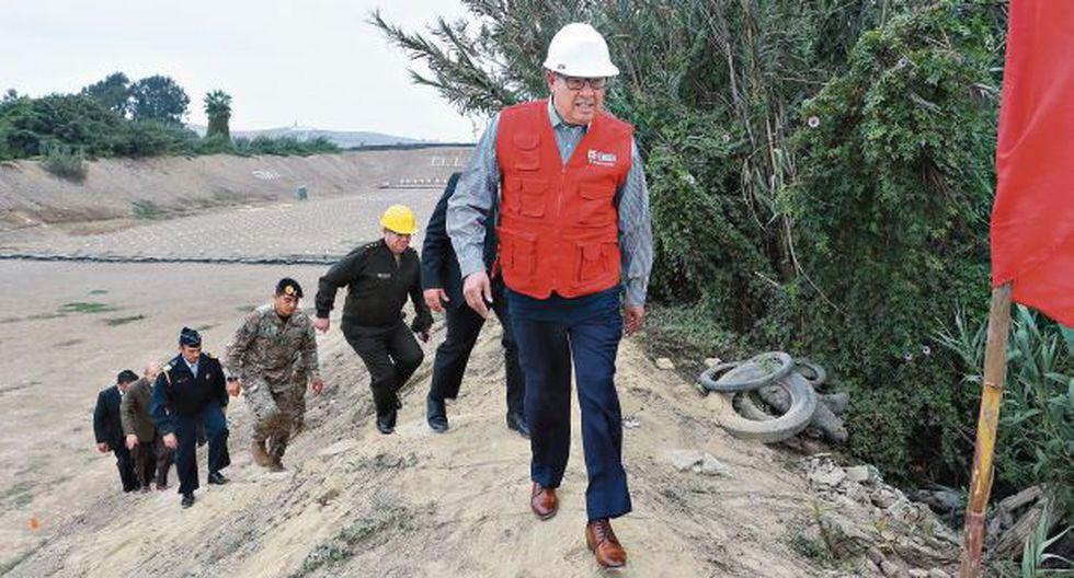 El ministro de Defensa viajaba constantemente por el territorio nacional como parte de su labor. (Foto: Mindef)