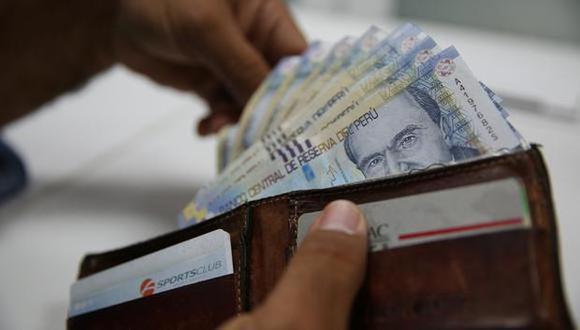 La Ley Nº 31171 autoriza a los trabajadores a disponer libremente del 100% de los depósitos por CTS que tengan acumulados en las entidades financieras. (Foto: Andina)