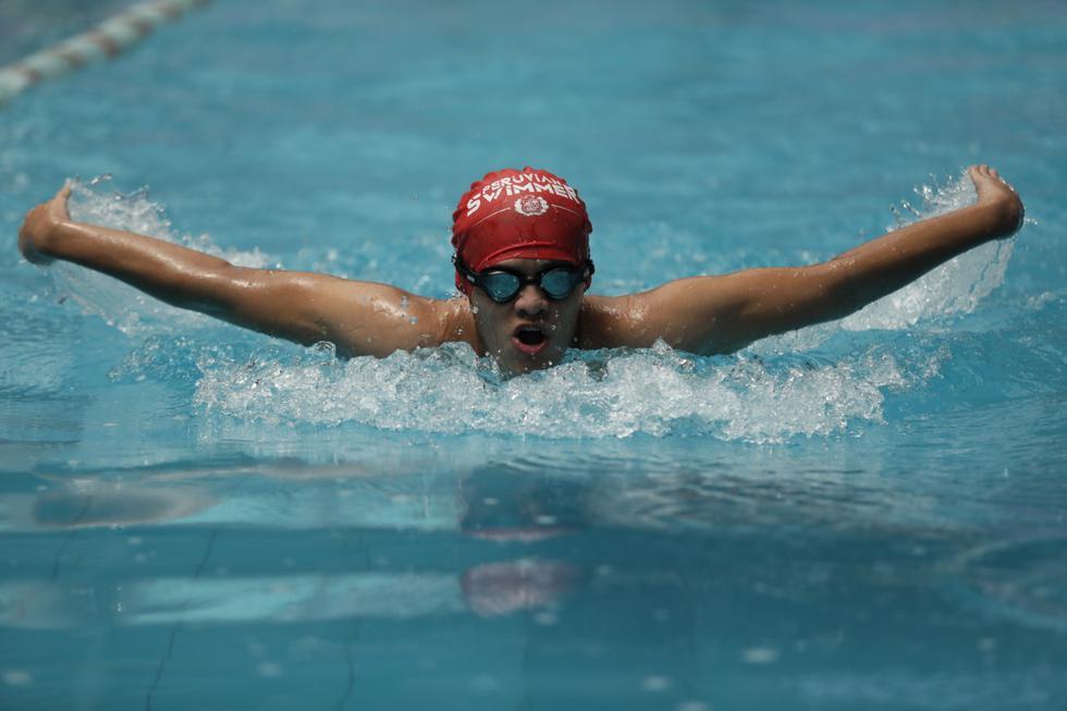 Deportistas mantendrán la distancia dentro de los carriles en la piscina. (Foto: Anthony Niño de Guzmán)