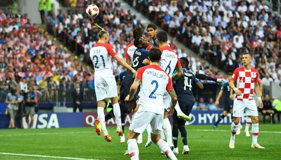 Francia vs. Croacia: el autogol de Mario Mandzukic tras remate de Antoine Griezmann para el 1-0 de los franceses   VIDEO   Final del Mundial Rusia 2018   EN VIVO EN DIRECTO ONLINE (Agencias)