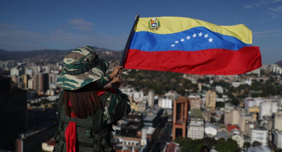 """Maduro suele llamar a ejercicios militares para proteger la """"soberanía"""" frente a """"planes intervencionistas"""" de Estados Unidos y sus aliados regionales. (EFE/ Miguel Gutiérrez)."""