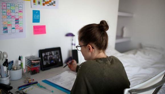 La educación a distancia demanda mayor responsabilidad y autonomía por parte de los adolescentes. (Foto: Reuters)