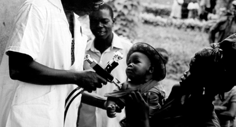 """El 8 de mayo de 1980, la OMS declaraba oficialmente que """"todos los pueblos"""" estaban """"liberados de la viruela"""", casi dos siglos después del descubrimiento de la vacuna. (Foto: OMS)"""