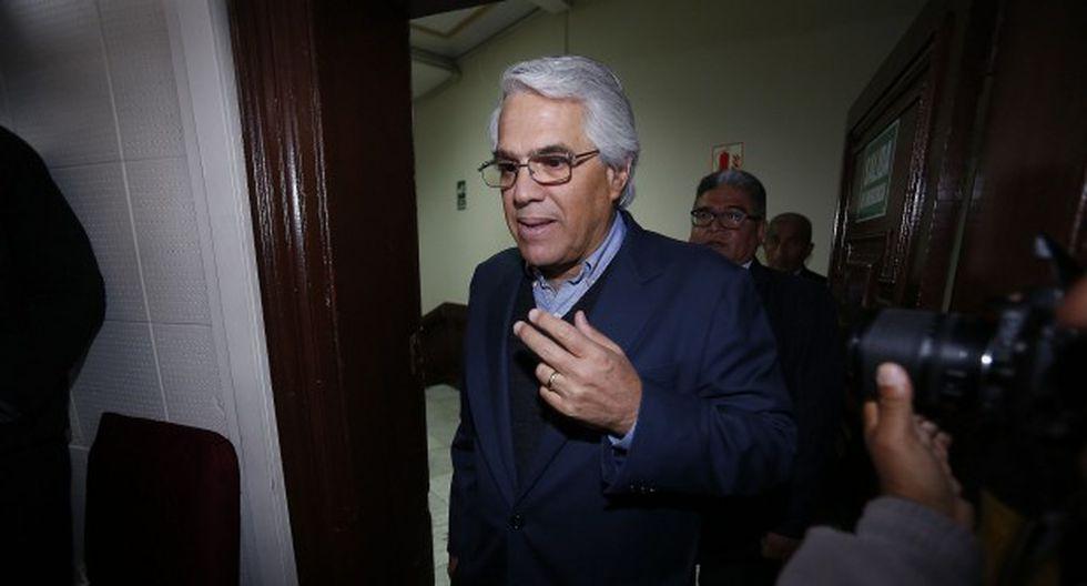 Gino Costa encabezó a la Bancada Liberal en su reunión con el primer ministro, Salvador del Solar. (Foto: GEC)