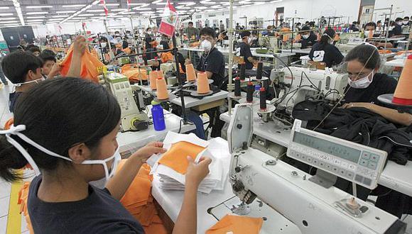 BBVA: Revisión del salario mínimo debe hacerse más adelante