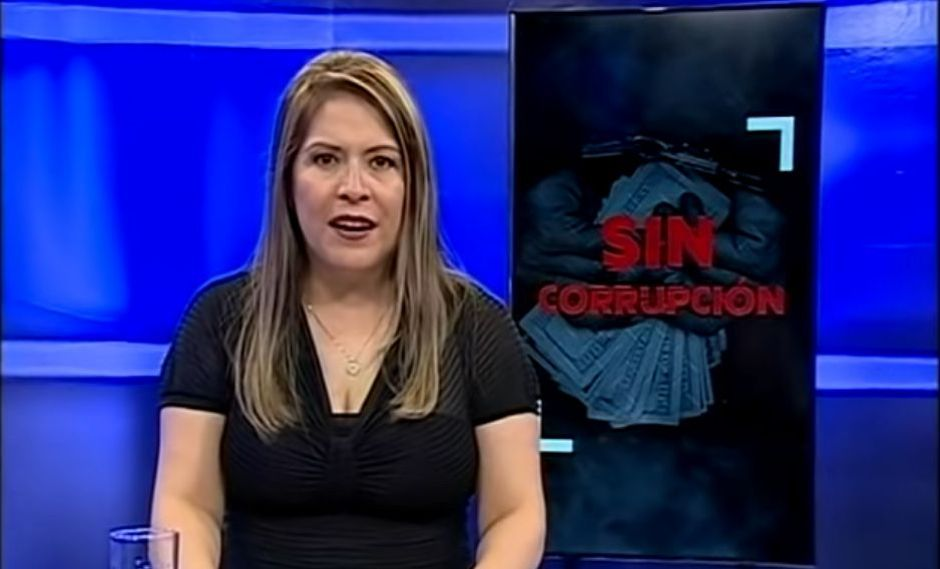 Yeni Vilcatoma, tercera vicepresidenta del Congreso, emite su programa desde febrero pasado (Captuta TV).