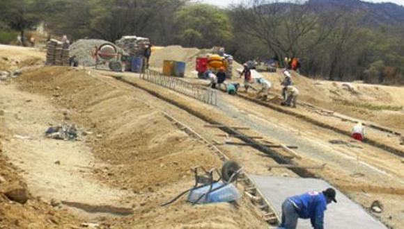 Tramo de carretera Chulucanas-Morropón presenta avance de 90%