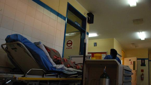 Según el último reporte regional de contagios por el coronavirus, en Puno hay 3.056 casos, de los cuales 114 están hospitalizados, la mayoría en camas comunes al no tener disponibilidad en las UCI.