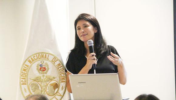 La medico infectóloga Coralith García fue designada como sucesora de Málaga en el liderazgo de los ensayos clínicos de Sinopharm por el Consejo Universitario de la UPCH. (Foto: Academia Nacional de Medicina)