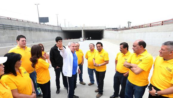 Castañeda es investigado por la fiscalía por el presunto favorecimiento a la empresa Lamsac— vinculada a OAS— cuando se firmó la concesión de la obra 'Vía Expresa-Línea Amarilla'. (Foto: Municipalidad de Lima)