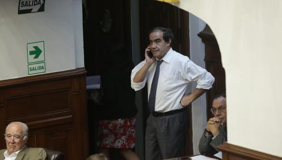 El congresista Yonhy Lescano (Acción Popular), investigado en Ética por presunto acoso sexual, acudió al pleno para la interpelación a Zeballos. (Foto: Anthony Niño De Guzmán / GEC)