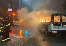 Detienen a hermanas por lanzar bomba molotov en auto de policía en Nueva York en protesta por George Floyd