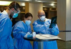 Médico jubilado vuelve a trabajar como voluntario para enfrentar al coronavirus en España
