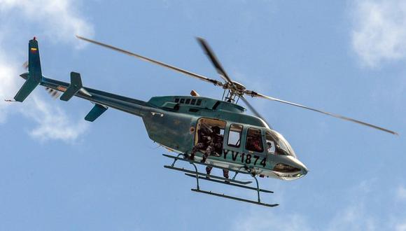 Venezuela: Usan helicóptero para lanzar bombas lacrimógenas a manifestantes. (AFP)