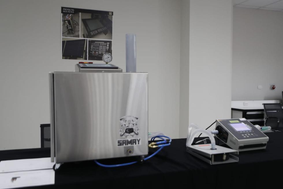 Marina de Guerra del Perú presentó el primer respirador artificial fabricado en Perú. (Foto: César Campos)