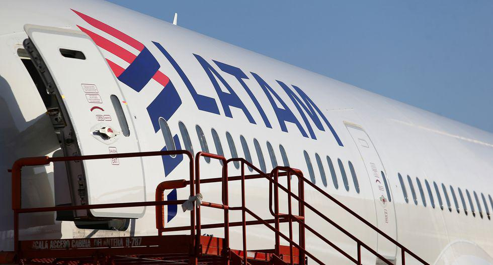 LATAM lanza una clase de cabina superior para vuelos domésticos e internacionales dentro de Latinoamérica llamada Premium Economy. Esta ofrece servicios exclusivos como check-in prioritario y embarque preferente, así como un asiento central bloqueado que otorga más espacio y privacidad.