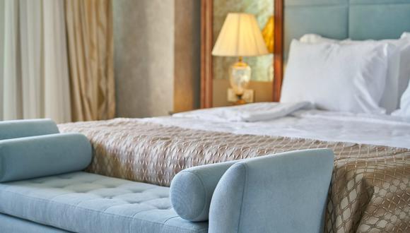 Para permanecer en la habitación, deberás aceptar que el hotel haga streaming en directo de tu estancia en su canal de YouTube. (Foto: Referencial/Pixabay)