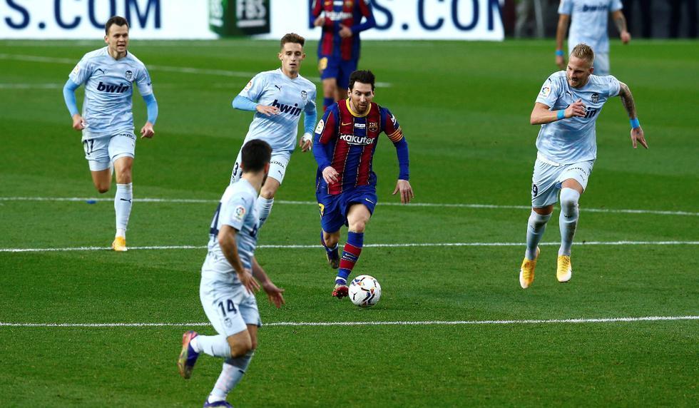 Barcelona y Valencia se enfrentaron en la fecha 14 de LaLiga Santander | Foto: EFE