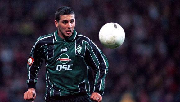 Claudio Pizarro durante su primera temporada en el Werder Bremen.
