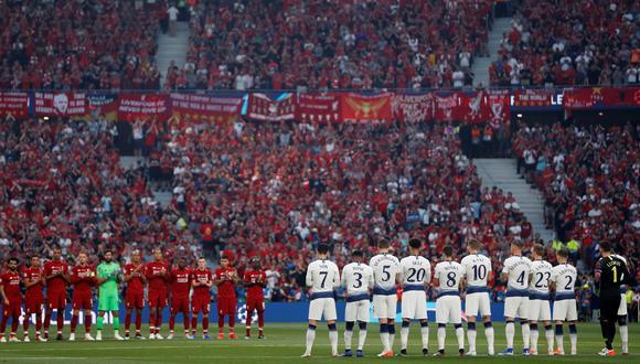Liverpool vs. Tottenham EN VIVO: así se vivió el minuto de silencio en honor a José Antonio 'La Perla' Reyes. (Foto: AFP)