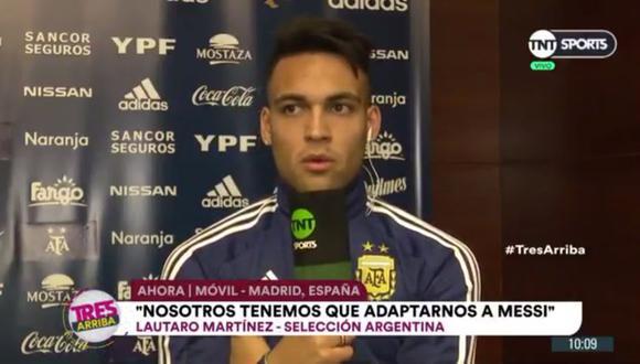 Lautaro  Martínez brindó una entrevista a un medio argentino sobre su nueva sociedad con Lionel  Messi en la albiceleste. A su vez, el delantero se deshizo en halagos sobre la 'Pulga' (Video: TNT Sports)