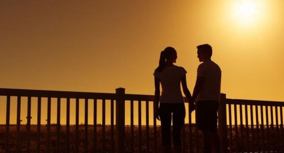 Las personas jóvenes pueden ser víctimas de estafas en las aplicaciones de citas. (Foto: Getty Images, vía BBC Mundo).