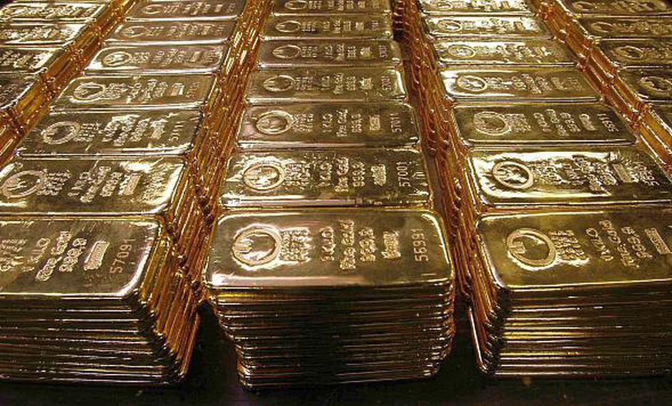 El oro se sostiene aún por sobre el nivel de apoyo de US$ 1,300, lo que los inversores consideran una señal positiva.(Foto: Reuters)