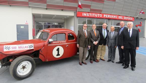 Merecido homenaje a leyendas del Automovilismo Peruano
