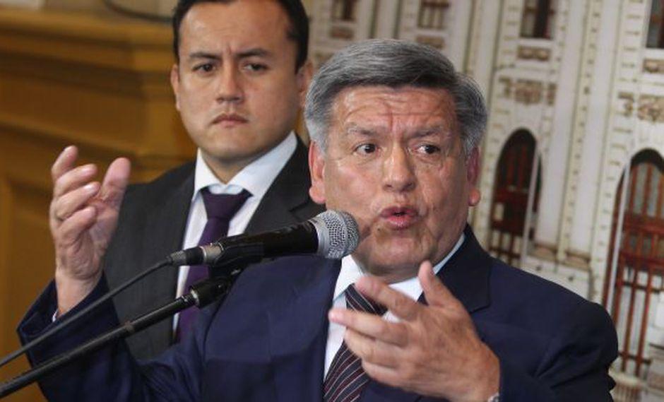 César Acuña defiende Ley Universitaria y respalda a la Sunedu