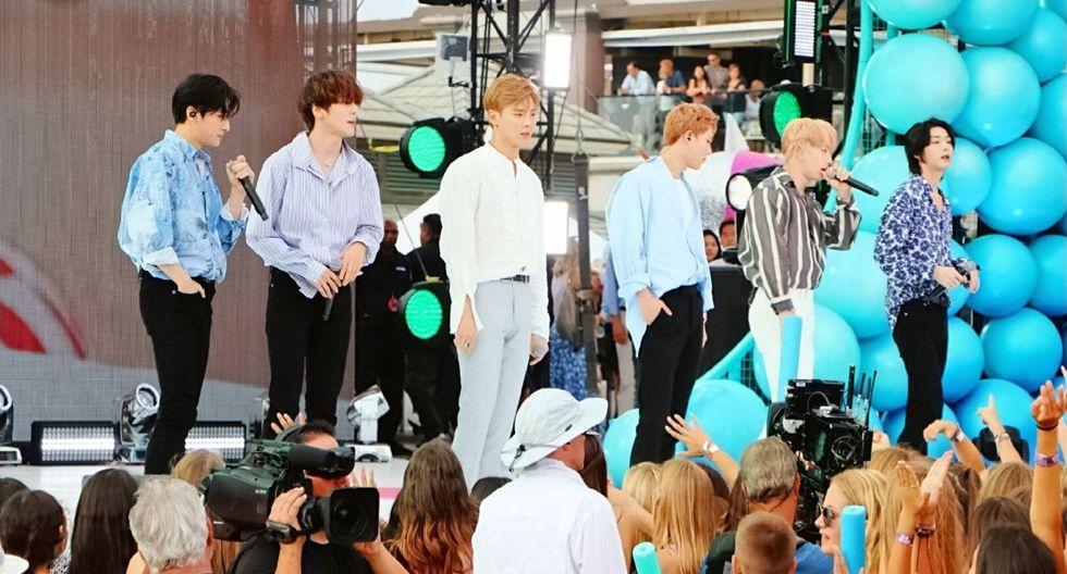 Solo seis de los siete representantes de la banda se presentaron en el escenario de los Teen Choice Awards. (Foto: @OfficialMonstaX)