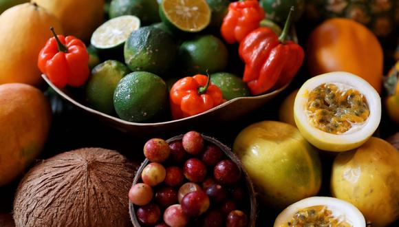 La mandarina es una de las frutas más estudiadas por la ciencia debido a sus efectos antivirales. De la misma manera, las propiedades de la granada ayudan a combatir el herpes, la viruela y, en menor grado, el temido coronavirus. (Foto referencial: USI)