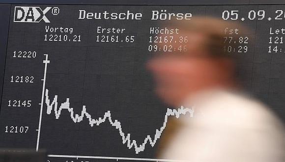 El índice DAX 30 de Frankfurt anotó una pérdida de 0.38% este miércoles. (Foto: AFP)
