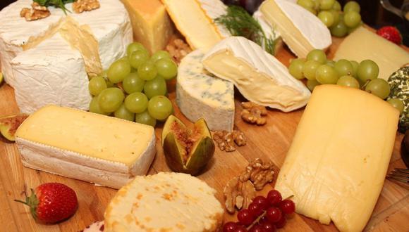 Cuando se habla de maridaje con quesos lo primero que nos viene a la mente es el vino, pero el pisco también es una gran opción. (Foto: HNBS / Pixabay)