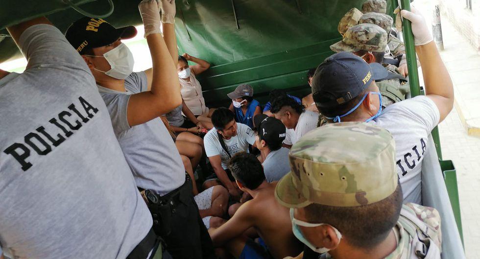Piura: Infractores fueron trasladados en un portatropas hasta la comisaría del sector. (GEC)