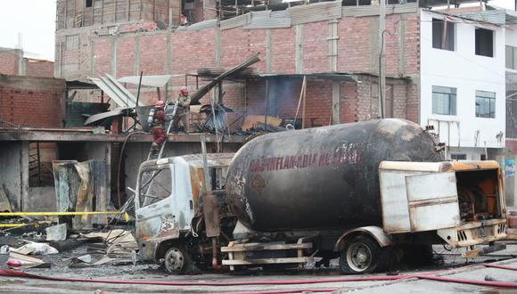La magnitud de la fuga de GLP se produjo debido a que el camión cisterna se desplazaba con la válvula interna del tanque abierta, según informe del Osinergmin. (Foto: GEC)
