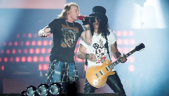 Axl Rose y Slash en el estadio Parken, Copenhague, Dinamarca. (Foto: AFP)