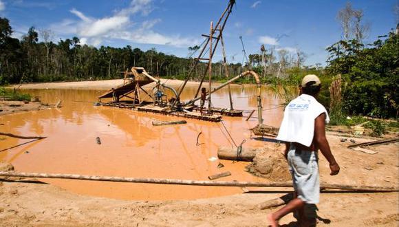 Gobierno espera combatir la minería ilegal comprando el oro que se extrae para así avanzar en su formalización. (Foto: El Comercio)