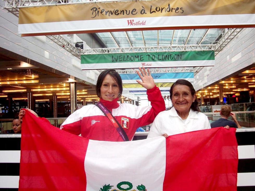 Gladys Tejeda  y  Marcelina Pucuhuaranga son un gran equipo. Juntas han podido salir adelante y superar todo tipo de adversidades. La atleta peruana considera que las medallas que ha conseguido también son de su madre, quien no deja de regalarle lecciones de vida. (Foto: Archivo personal)
