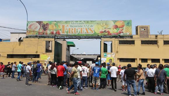Desde el mes de marzo, el burgomaestre George Forsyth se planteó la idea de reordenar el Mercado Mayorista de Frutas. (Fotos: Manuel Melgar)
