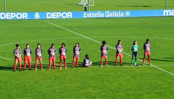 Momento en que la centrocampista del Viajes Interrías FF, Paula Dapena Sánchez, de 24 años, no quiso guardar un minuto de silencio en memoria de Diego Armando Maradona. (Foto: Tania Esperón)