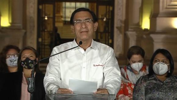Martín Vizcarra emitió un pronunciamiento acompañado por los miembros de su gabinete (Foto: Captura de TV)