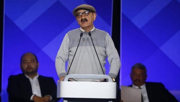 El entonces candidato a la Municipalidad de Lima por el Frente Amplio (FA) Enrique Fernández Chacón participa en un debate en el 2018.