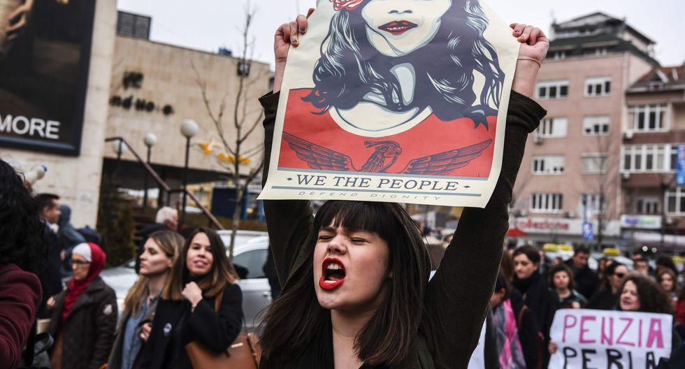 Este 8 de marzo de conmemora el Día de la Mujer. En la imagen, una manifestación en Kósovo. (AFP).