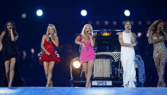 Las ex cantantes de la agrupación Spice Girls sorprendieron a usuarios de Instagram con una foto. (Foto: AP)