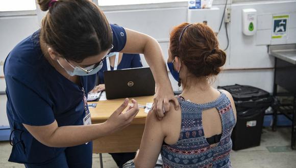 Coronavirus en Chile   Últimas noticias   Último minuto: reporte de infectados y muertos hoy, jueves 5 de agosto del 2021.   Covid-19   (Foto: MARTIN BERNETTI / AFP).