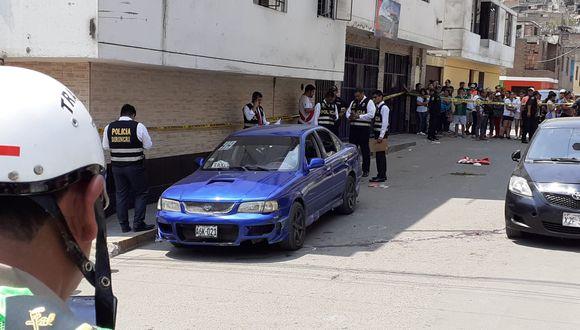 Asesinos arremetieron contra ocupantes de dos vehículos estacionados en una zona conocida por la venta de droga al menudeo. (Foto: Joseph Ángeles)