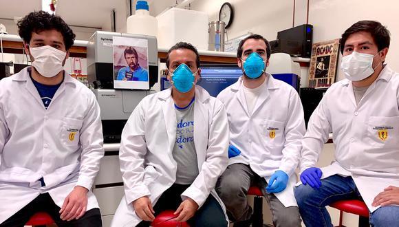 Investigadores peruanos que desarrollaron la prueba molecular rápida. (Foto: Málaga-Trillo)